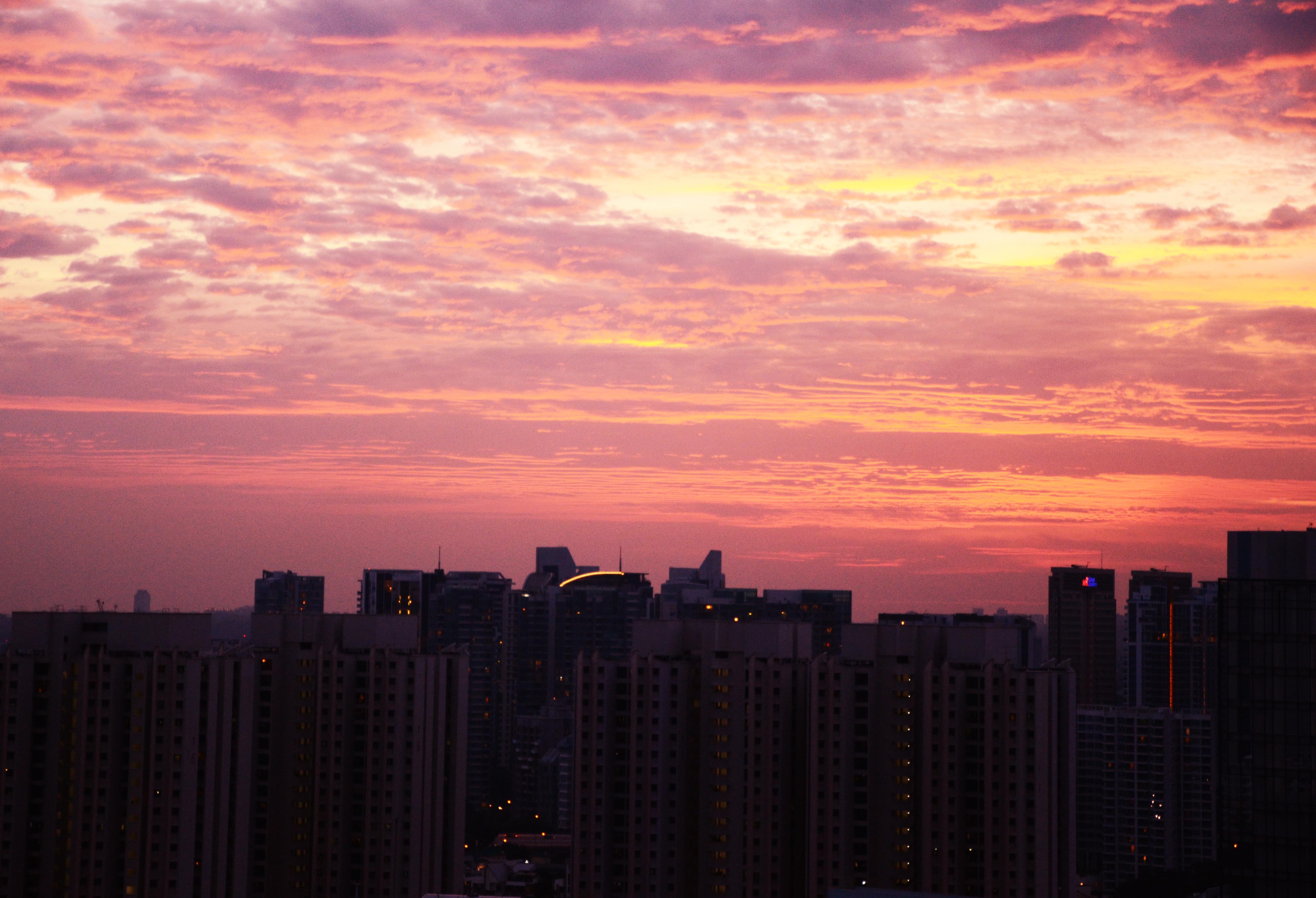 Malerischer Sonnenuntergang über Little India