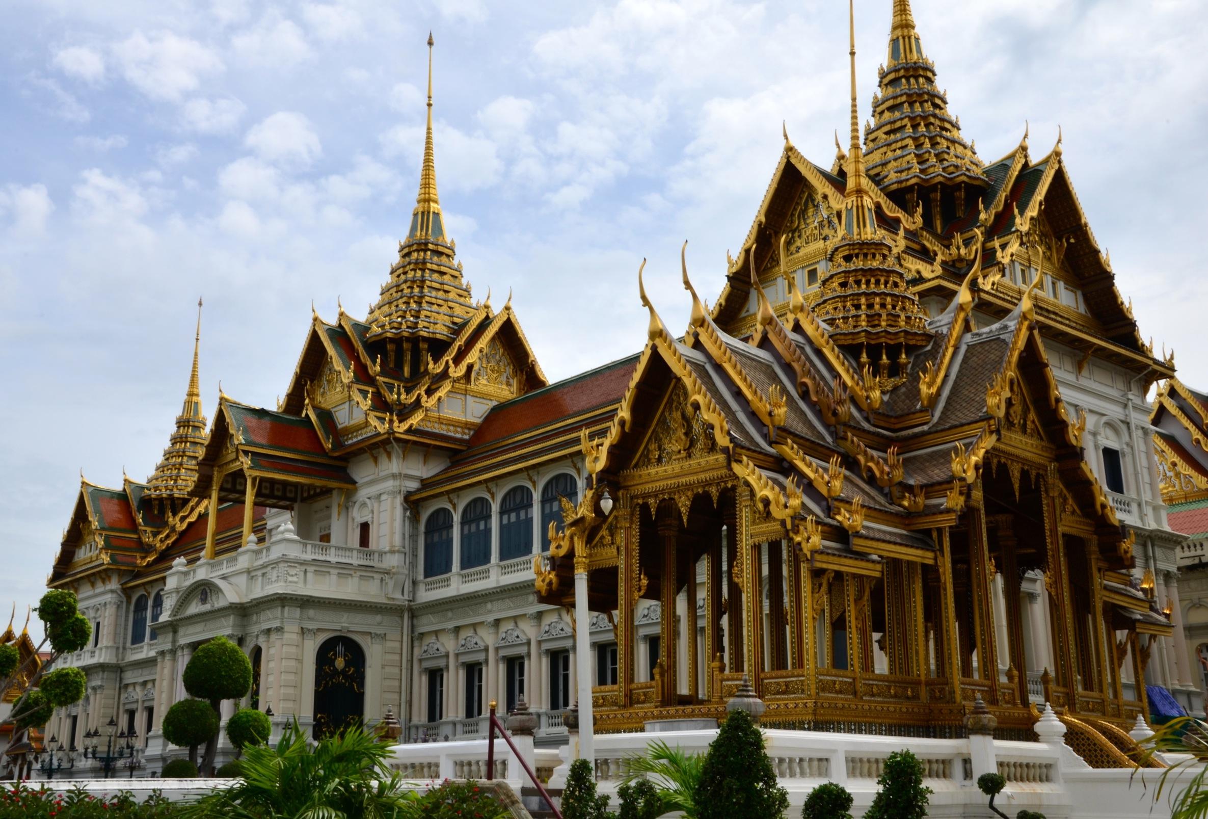 Ein bisschen Pomp darf's sein: Der Königspalast in Bangkok. Zum Staunen und staunen und staunen