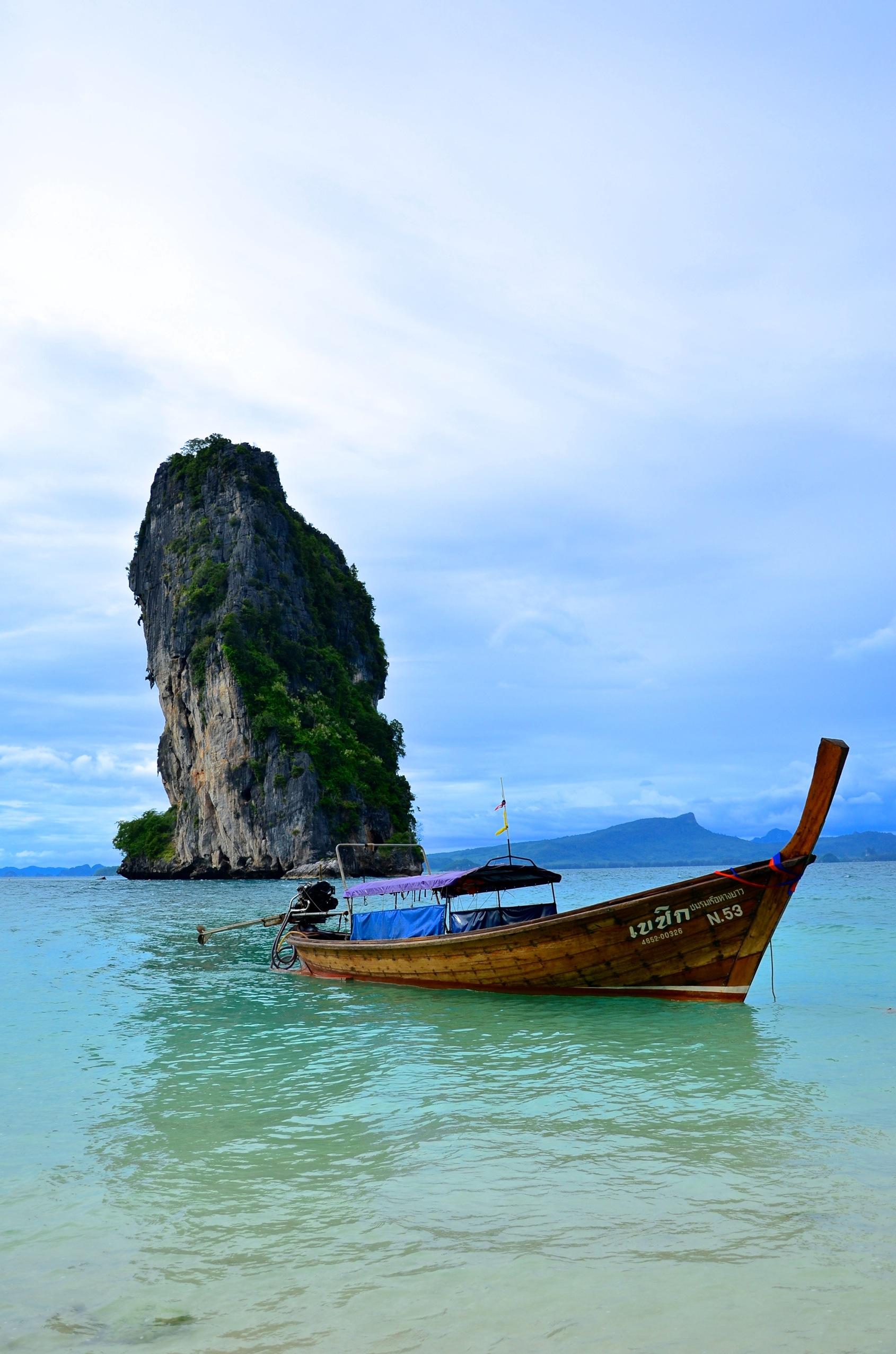 Postkartenmoment auf der kleinen Insel Koh Poda vor Krabi